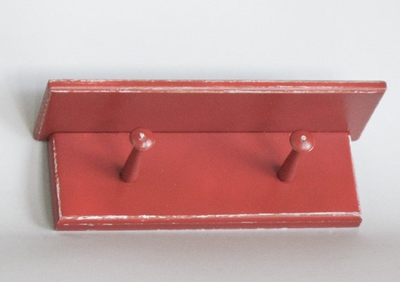 Little Shelf with Two Pegs for Small Space