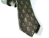 Vintage  Skinny Tie, Mens Silk Necktie, Mad Men Fashion, Black & Gold Sharkskin, Retro Prom Fashion