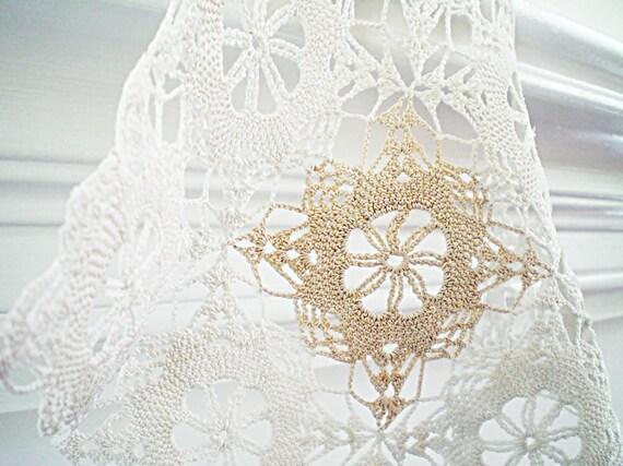 Vintage Crocheted Lace Doily, Cottage Chic, Natural Ecru Cotton Crochet