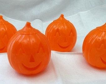 4 Halloween Pumpkin Balls for Filling Cake Toppers Vintage