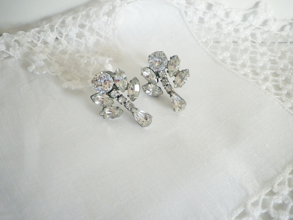 Vintage Rhinestone Screwback Earrings Marvella Costume Jewelry 1950's Silver