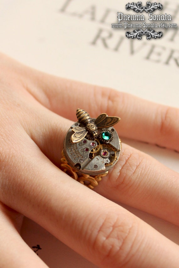 Steam-punk gold plated ring, with Golden little bee and her Swarovski treasure