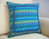 VINTAGE CHECK Toss Pillow with Insert