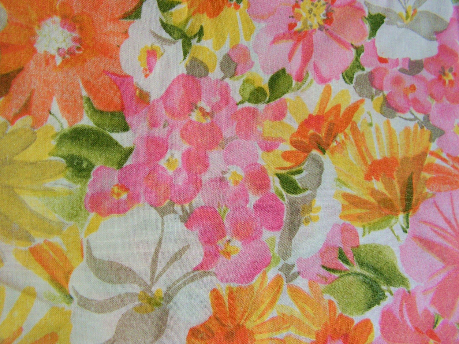 Rose Floral fabric 3 yards plus 19 inches vintage look |Vintage Floral Fabric
