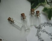 4 pieces set - Very Mini Bottle with Cork Cover - 24mm Height - Very Cute - Item Code.211