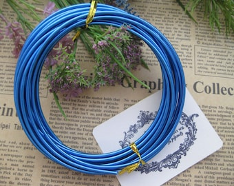 Thickness 10 gauge (2.5mm) - 16 feets - Artistic Aluminum Craft Wire - Royal Blue