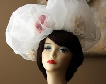 Bridal Pouf - The Peony Pouf