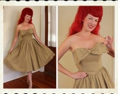 ADORABLE 1950's Style New Look Strapless Sun Dress w/ Large 3D Bow Bust by Roberta of California - Boning - VLV - Summer Pinup - Size L