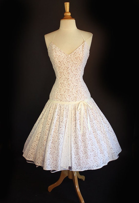 Designer Couture 1950's NEW LOOK Inspired White Floral Lace Over Nude Satin Wedding or Reception Dress - Halter Style - Hourglass with a Dropped Waistline - Ribbon Detailing - Full Circle Skirt Hem - Princess - Retro Bridal - Size Medium or 8