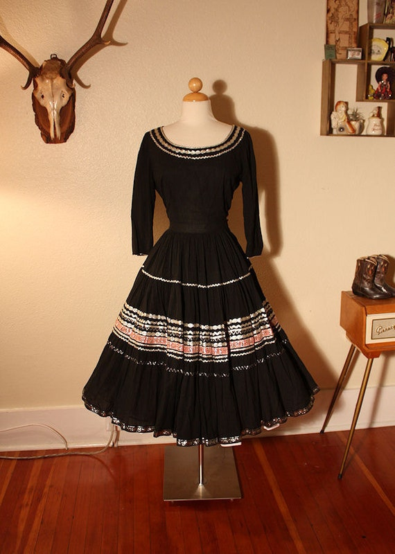 RARE 1950's Black w/ Pink and Metallic Silver Details Squaw Dress Set - Patio Dress - Blouse and Circle Skirt - VLV - Cowgirl - Size M