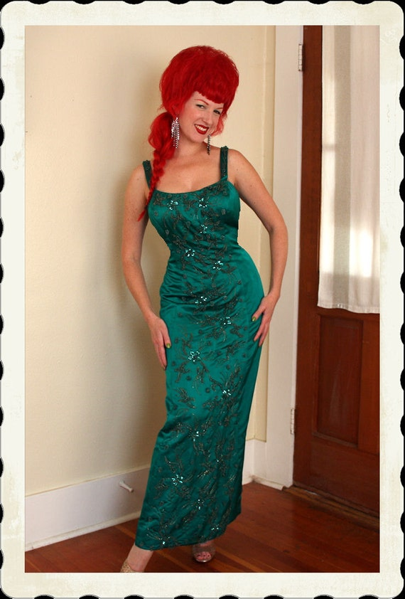 COUTURE 1950's Emerald Green Silk Satin Hand Beaded & Sequined Hourglass Glamor Gown by John Hogan of La Jolla - VLV - Plus Size L to XL