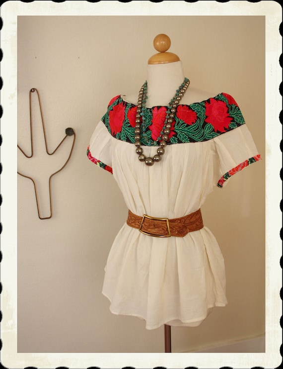 RARE 1940's Frida Kahlo Hand Embroidered Floral Mexican Cotton Peasant Blouse - Folk Art - Rich Colors - Adjustable Neckline - Size M to XXL