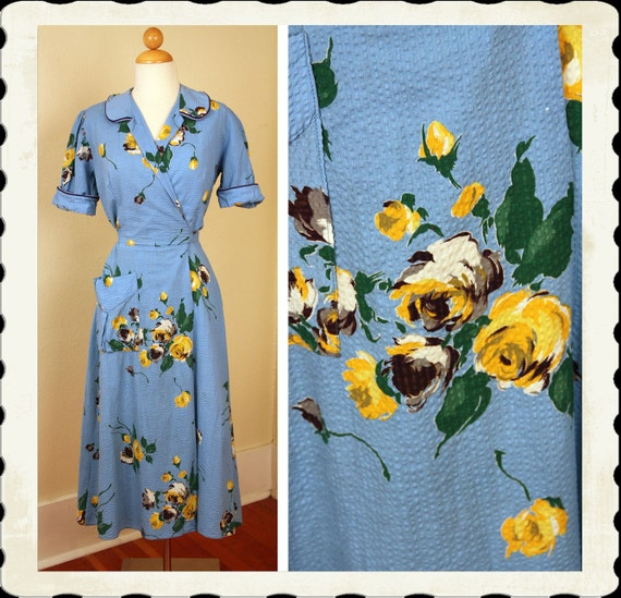 PRISTINE 1940's Rich Sky Blue Seersucker Cotton Wrap Style Day Dress w/ Yellow Roses Print - Hip Pocket - Puffed Sleeves - VLV - Size M to L
