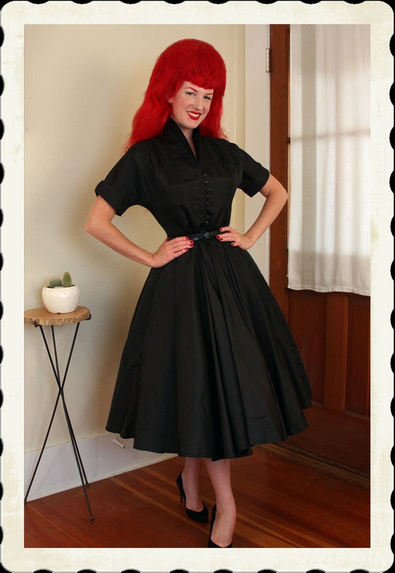 COUTURE Perfection 1950's New Look Inky Black Taffeta Day or Party Dress - Built In Tulle Crinoline - Detailed Bodice - VLV - Size L