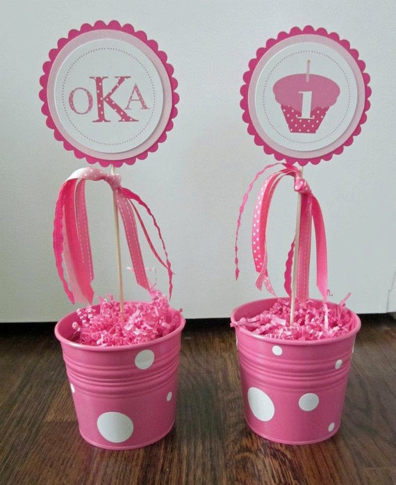 Cupcakes & Polka Dots Collection: Set of 2 centerpiece flags, customized with monogram and age as well as coordinating ribbons