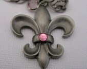 Silver Fleur De Lis Gun Metal Silver Pendant Necklace for women. OOAK Handmade Jewelry on Etsy. Gifts for her