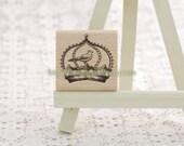 Wooden Rubber Stamp - Vintage Style Crown Bird