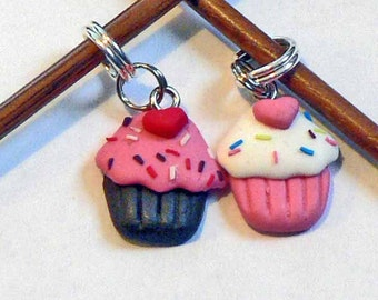 Yummy Cute Cupcake Stitch Markers Clay Charms in Pink n White Vanilla and Pink n Brown Chocolate