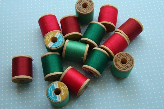 14 vintage wooden spool lot cotton mercerized thread green and pink family belding corticelli
