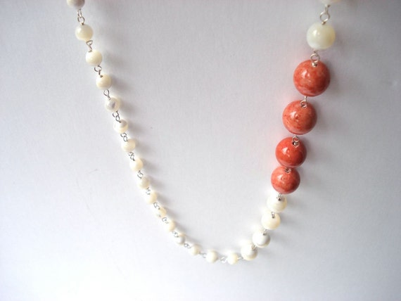 SALE 40% OFF. White and pink necklace featuring mother of pearl and pink impression jasper, free earrings included