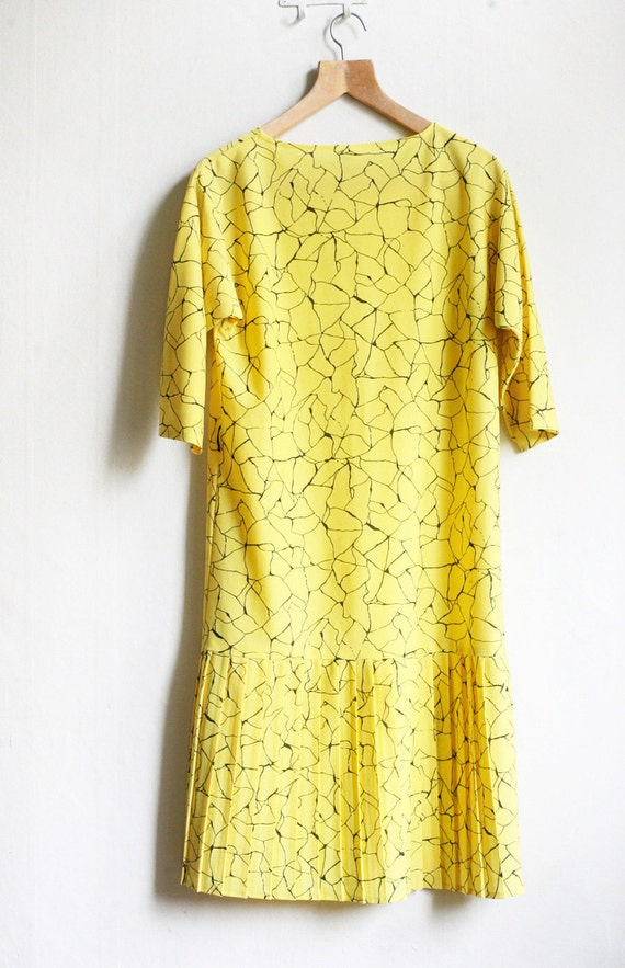 Yellow with black Web Abstract geometry 80ies Dress