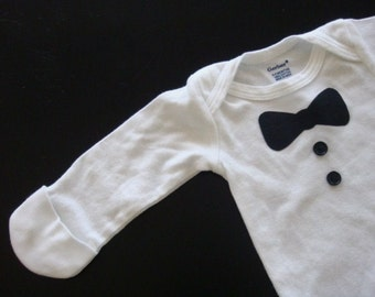 Baby Boy Long Sleeved Tuxedo onesie size 0-3 Months