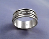 Big  Size Triple Spinning Hammered Silver Ring - ElenadE