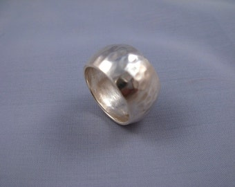 Wide Band  Hammered Silver Ring - ElenadE