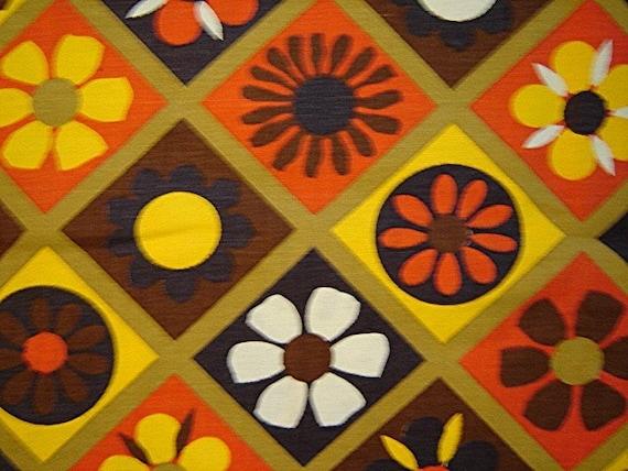 Vintage 1960s Mod Flower Power Cotton Fabric