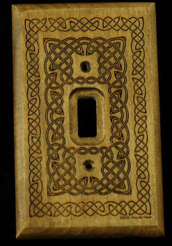 Knotwork switchplate for single switch