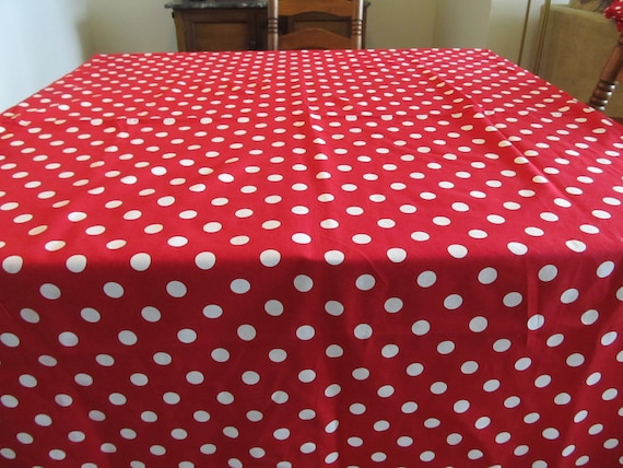 Festive Red and White Polka Dot Table Cloth