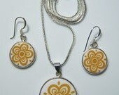 Perfect Gift for any Collector: Pyrex Corelle Butterfly Gold Earrings & Necklace Set