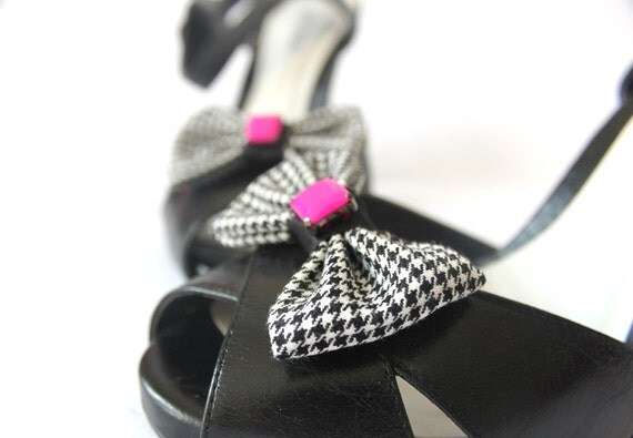 Shoe Clips - Houndstooth Pink Bows. Shoe Accessories. Handmade. OOAK. Upcycled Fabric.