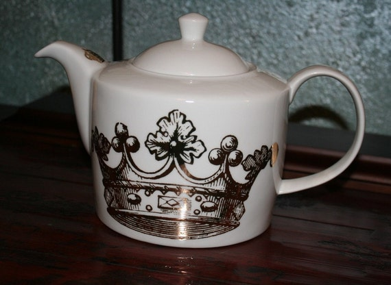 Porcelain And 24k Gold Crown Teapot By By Thewhiterabbitstudio