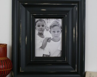 20x20 Picture Frame / Madera Style / Black or White