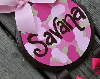 Hairbow Holder - CAMO GIRL Design - Medium - Handpainted and Personalized Bow Holder