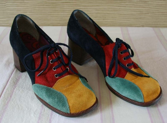 RESERVED for ISABELEL DENDAL Very Groovy Vintage 1960s Shoes So Mod