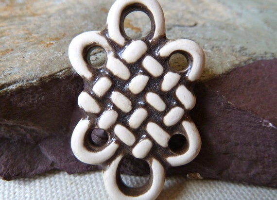 Endless Eternal Knot - 42x26mm - Cream & Brown Ceramic - Qty 1
