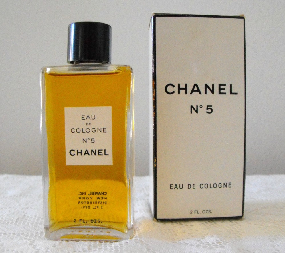 vintage 1970s chanel no 5 eau de cologne new never opened. Black Bedroom Furniture Sets. Home Design Ideas