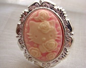 Antique pink cat cameo ring