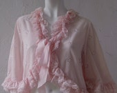 beautiful 60s ruffled Jacobson soft pink short top/cardiganRESERVED