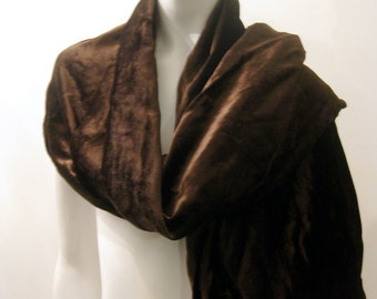 VTG GHOST Made in England chocolate brown long velvet shawl