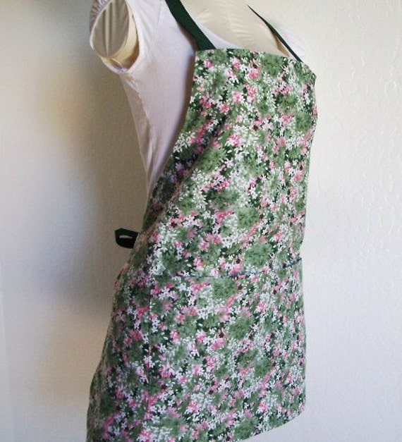 Apron - A Short and Sassy Full Bib Apron - Lots of Pretty Green, Pink and White Flowers
