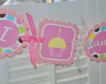 1st Birthday Highchair Banner - I am 1 Banner - Girls 1st Birthday - Cupcakes and Polkadots