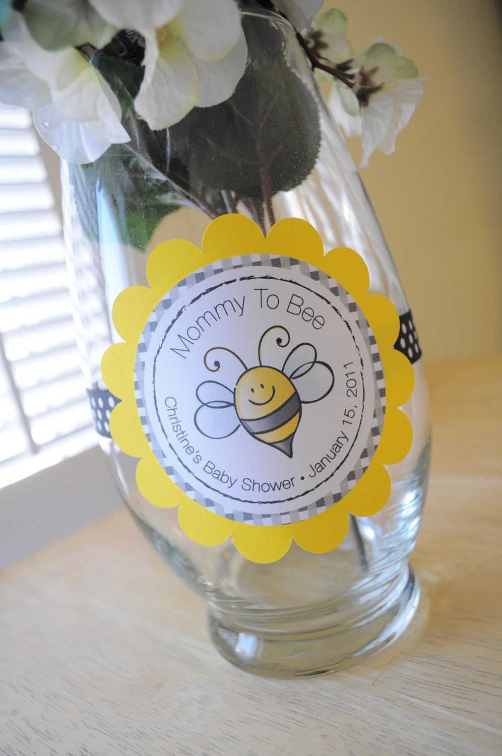 baby shower centerpiece decorations bee baby shower bumble. Black Bedroom Furniture Sets. Home Design Ideas