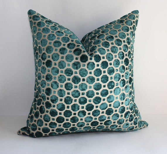 Velvet Pillow Cover / 17 x 17 / Geometric Pattern in Peacock Teal Blue