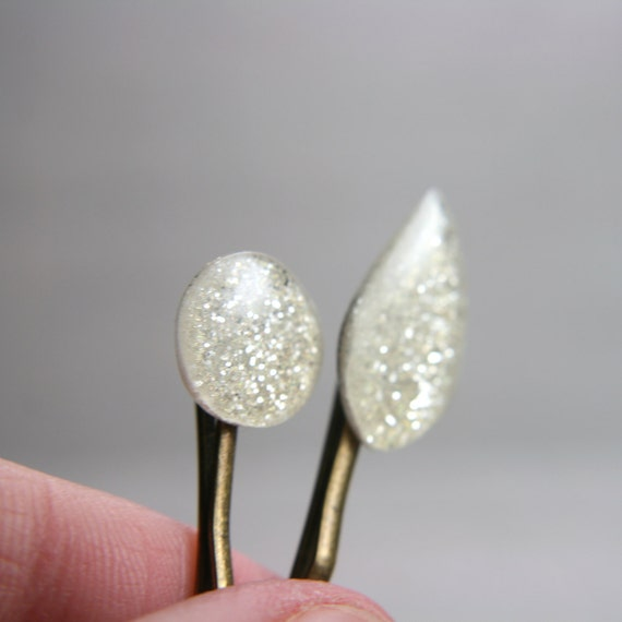 set of two sparkly ivory hairpins
