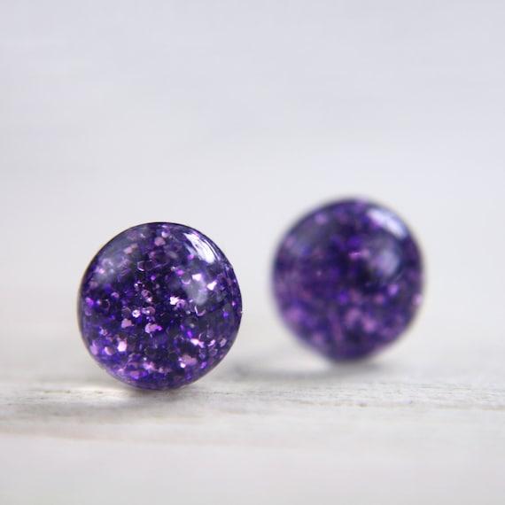 tiny globe in amethyst purple - 5mm - glitter resin round stud earrings jewelry