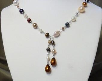 Julie Pearl Necklace