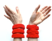 Red bracelet - crocheted vegan acrylic bangles - spring summer fashion - Ready Handmade by dslookkin on Etsy